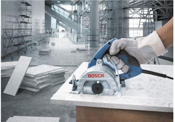 Có thể phân loại máy cắt gạch thành nhiều loại dựa trên nhu cầu sử dụng