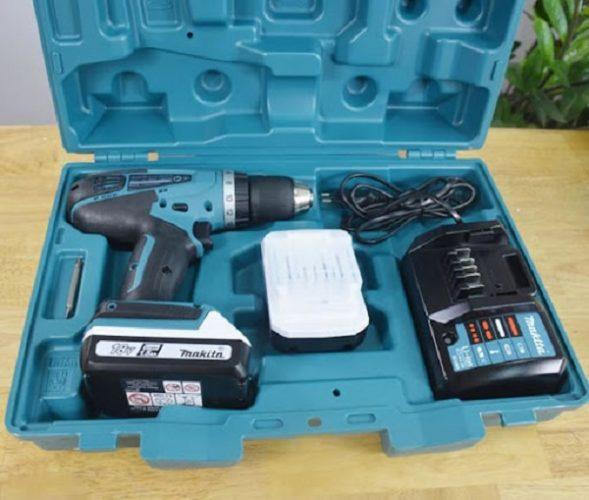Bảo quản pin máy khoan trong hộp đựng