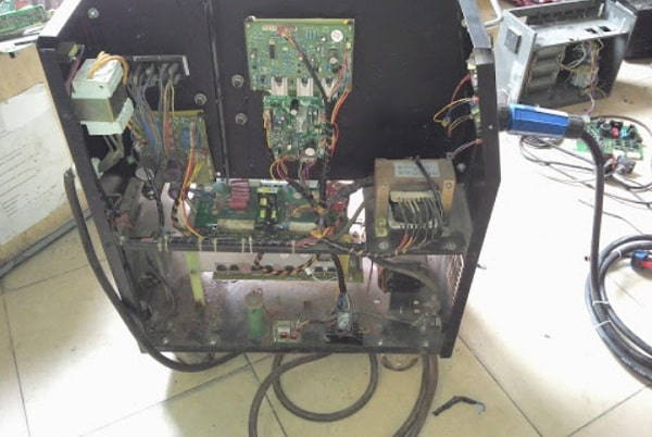 Nguồn điện máy hàn không ổn định