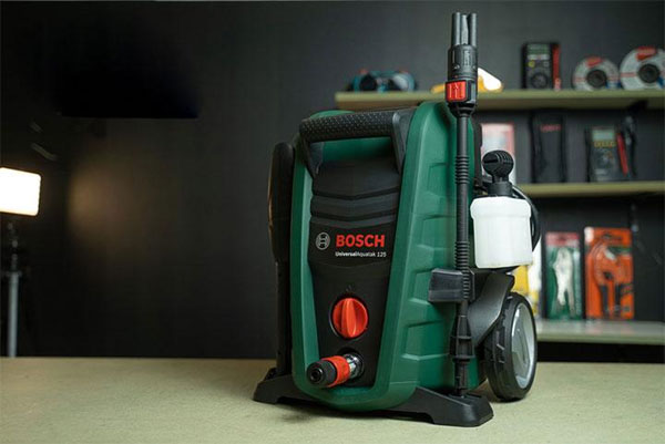Máy rửa xe Bosch 125