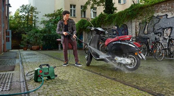 Máy rửa xe gia đình Bosch
