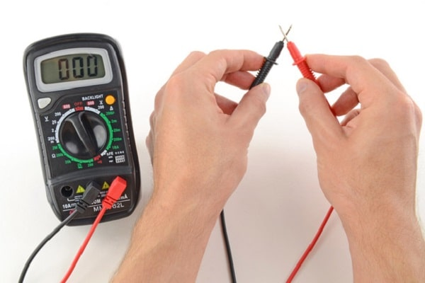 Đồng hồ vạn năng điện tử được ứng dụng rộng rãi