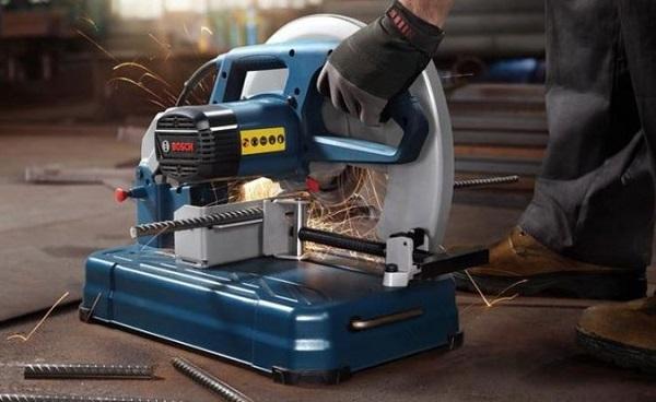 Máy cắt sắt để bàn Bosch