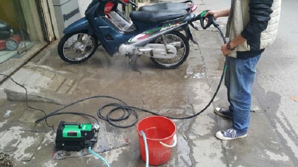rửa xe ở nhà