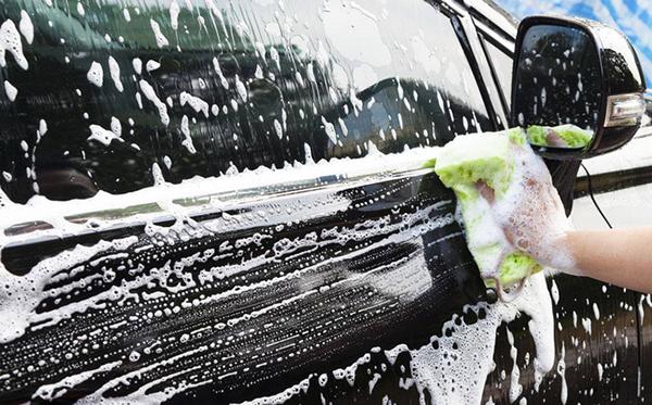 Những lưu ý khi rửa xe tại nhà