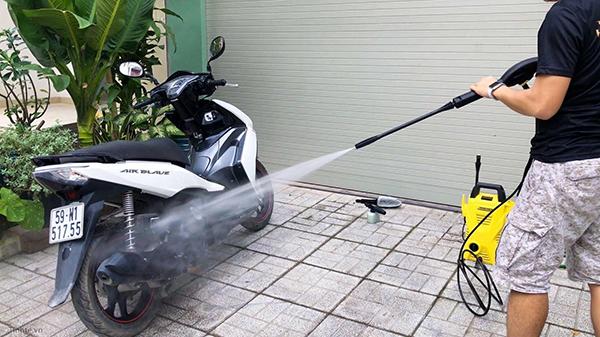 Máy rửa xe và các loại máy rửa xe