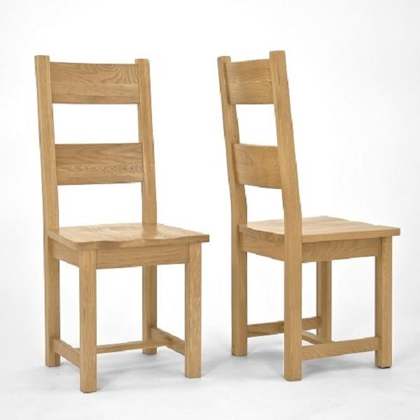 Hoàn thiện ghế gỗ để bắt đầu sử dụng