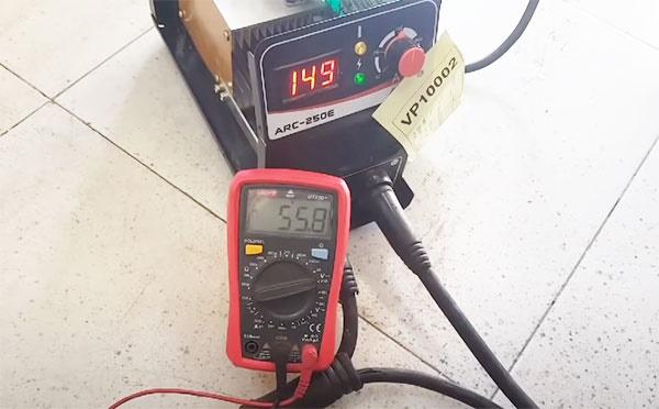 Máy hàn có chức năng VRD giúp làm giảm điện thế của máy hàn