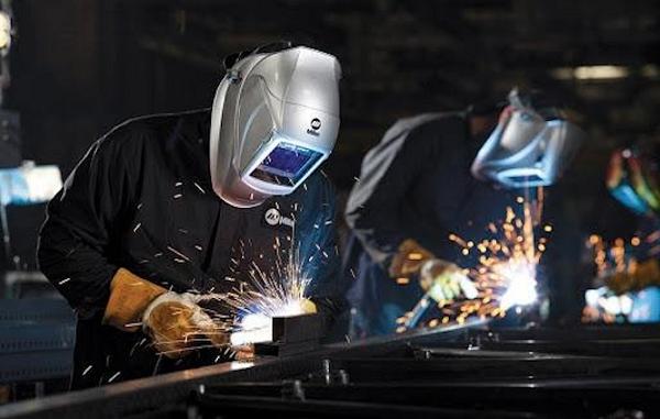 Máy hàn que có khả năng hàn đa dạng các vật liệu kim loại