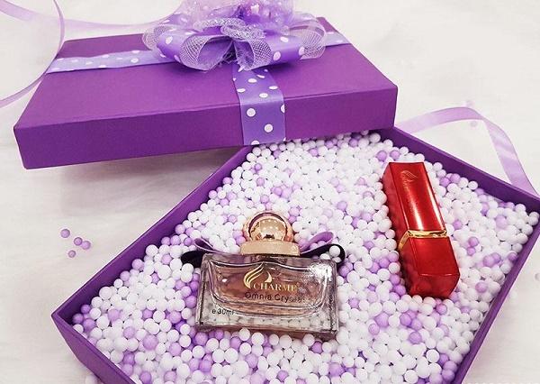Chọn quà tặng mỹ phẩm cho các mẹ yêu thích làm đẹp, chăm sóc da