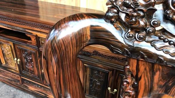 Chà nhám gỗ giúp tăng độ bóng mịn, bề mặt cho đồ gỗ