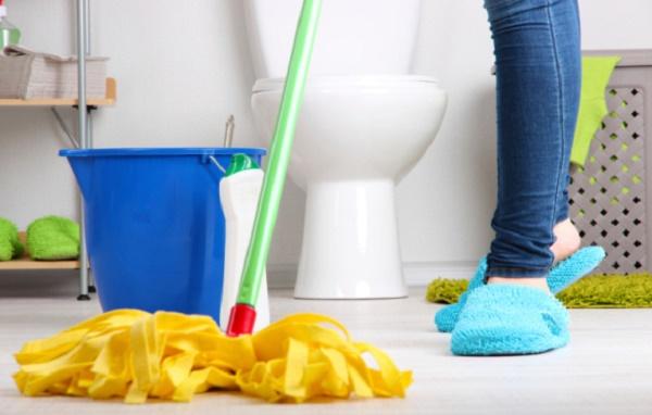 Chú ý luôn cọ rửa nhà vệ sinh thường xuyên