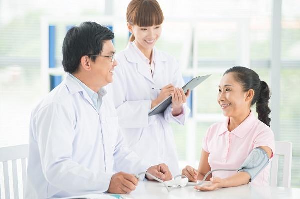 Tặng mẹ các gói kiểm tra và chăm sóc sức khỏe
