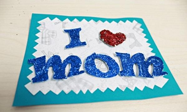 Làm tấm thiệp đẹp tặng mẹ