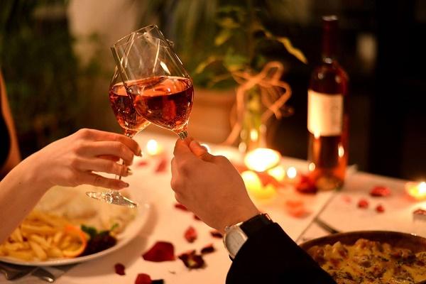 Một bữa tối lãng mạn thích hợp cho ngày 8-3