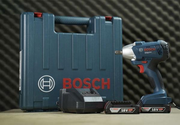 Máy siết bu lông dùng pin Bosch GDS 250-LI
