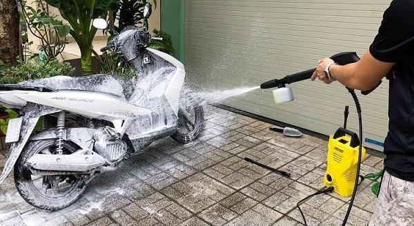 Hướng dẫn cách sử dụng máy rửa xe Karcher đúng kỹ thuật