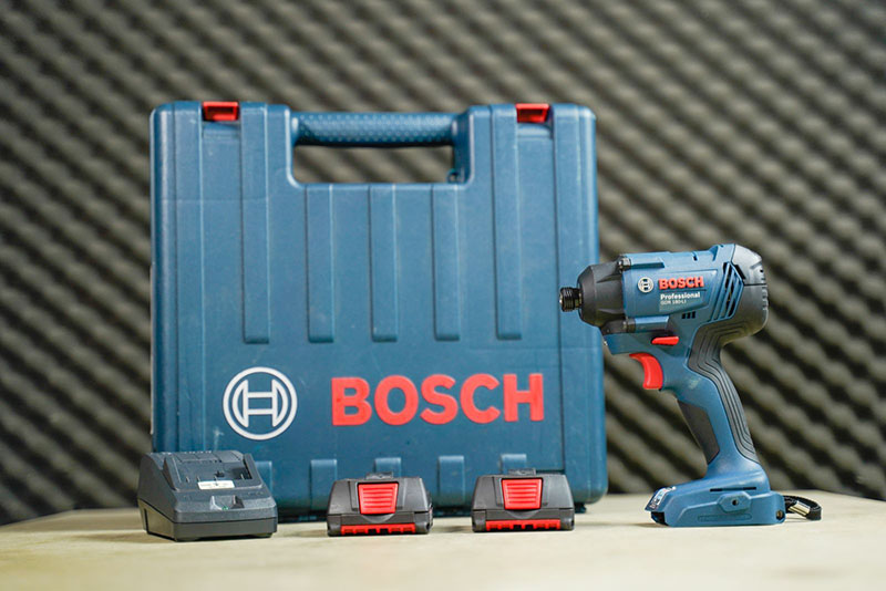 Máy khoan vặn vít dùng pin Bosch GDR 180 LI