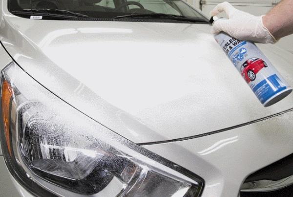Rửa xe không cần nước rất tiện, nhưng lại không tiết kiệm