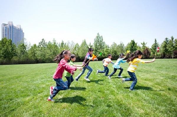 Chế độ vận động phù hợp với trẻ