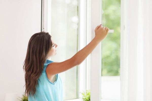 Đóng mở cửa sổ vào thời điểm thích hợp