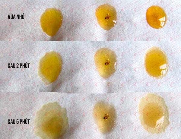 Dùng giấy thấm để nhận biết mật ong thật và giả