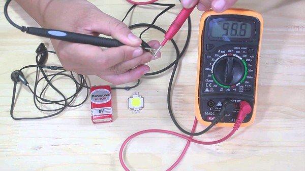 đo thông mạch bằng đồng hồ vạn năng