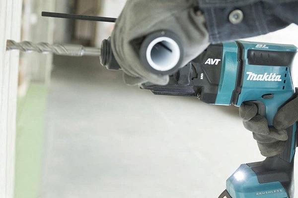 Máy khoan động lực dùng pin Makita DHR182RTJ
