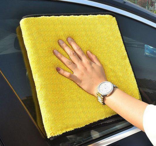 rửa xe bằng nước rửa bát