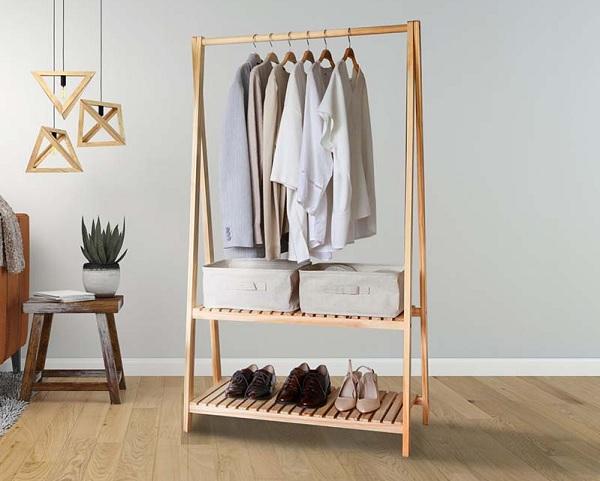 Kệ treo quần áo bằng gỗ pallet