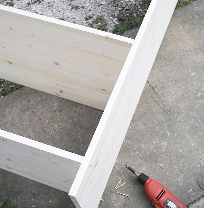 Nối các tấm gỗ lại với nhau