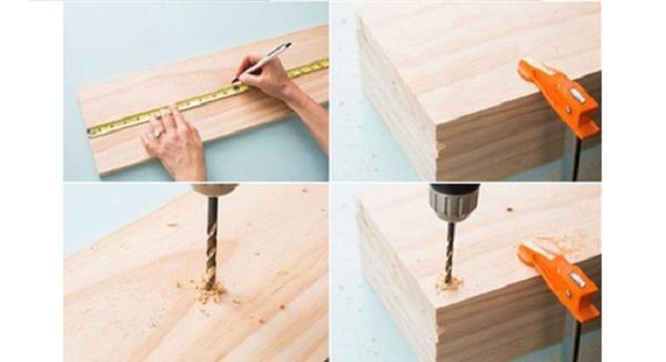 Đánh dấu và khoan các tấm gỗ