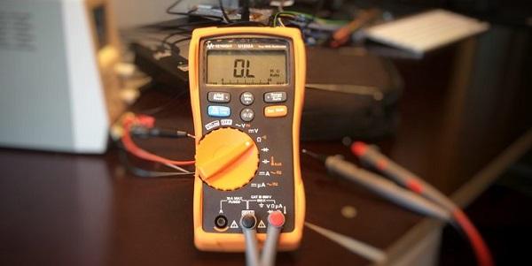 đồng hồ vạn năng đo cuộn cảm