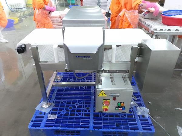 máy dò kim loại trong thủy sản