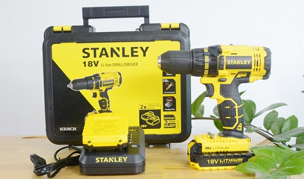 Máy khoan pin Stanley SCD20C2K độ bền cao