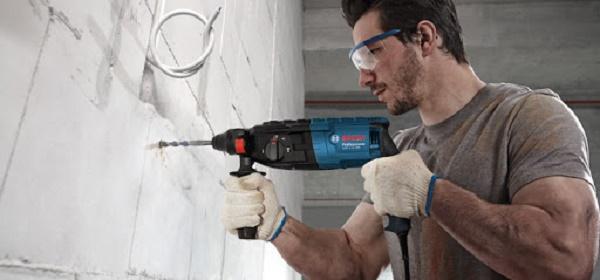 Người dùng cần trang bị đồ bảo hộ khi dùng máy