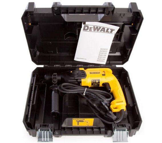 Giá máy khoan Dewalt D25033K cạnh tranh